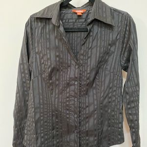 Unlisted ladies black dress shirt with cuffs
